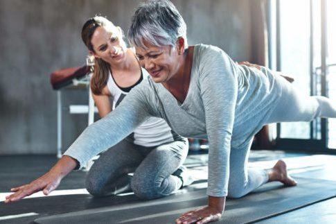 trening w domu dla seniorów