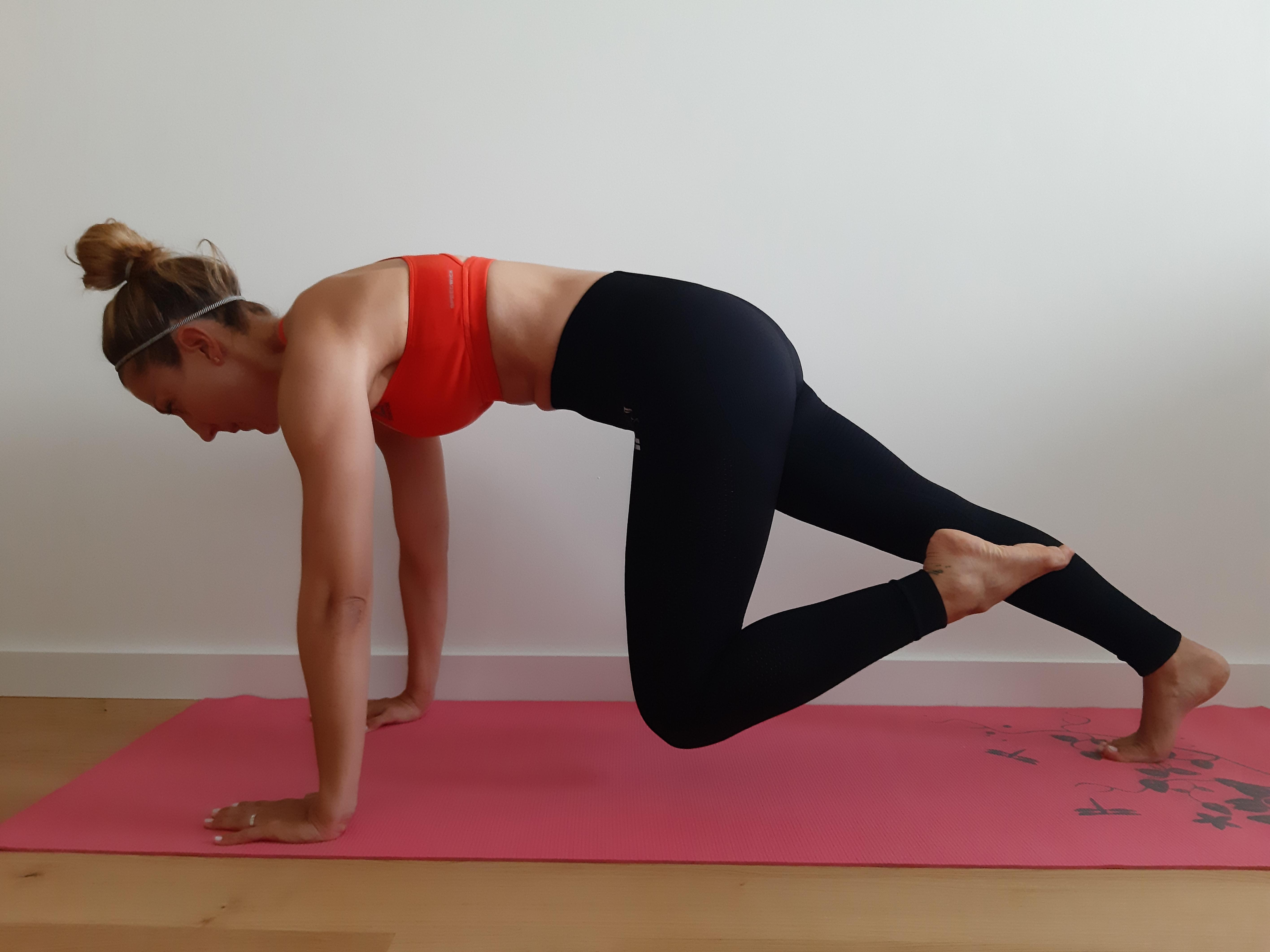 ćwiczenie mięśni brzucha - mountain climber
