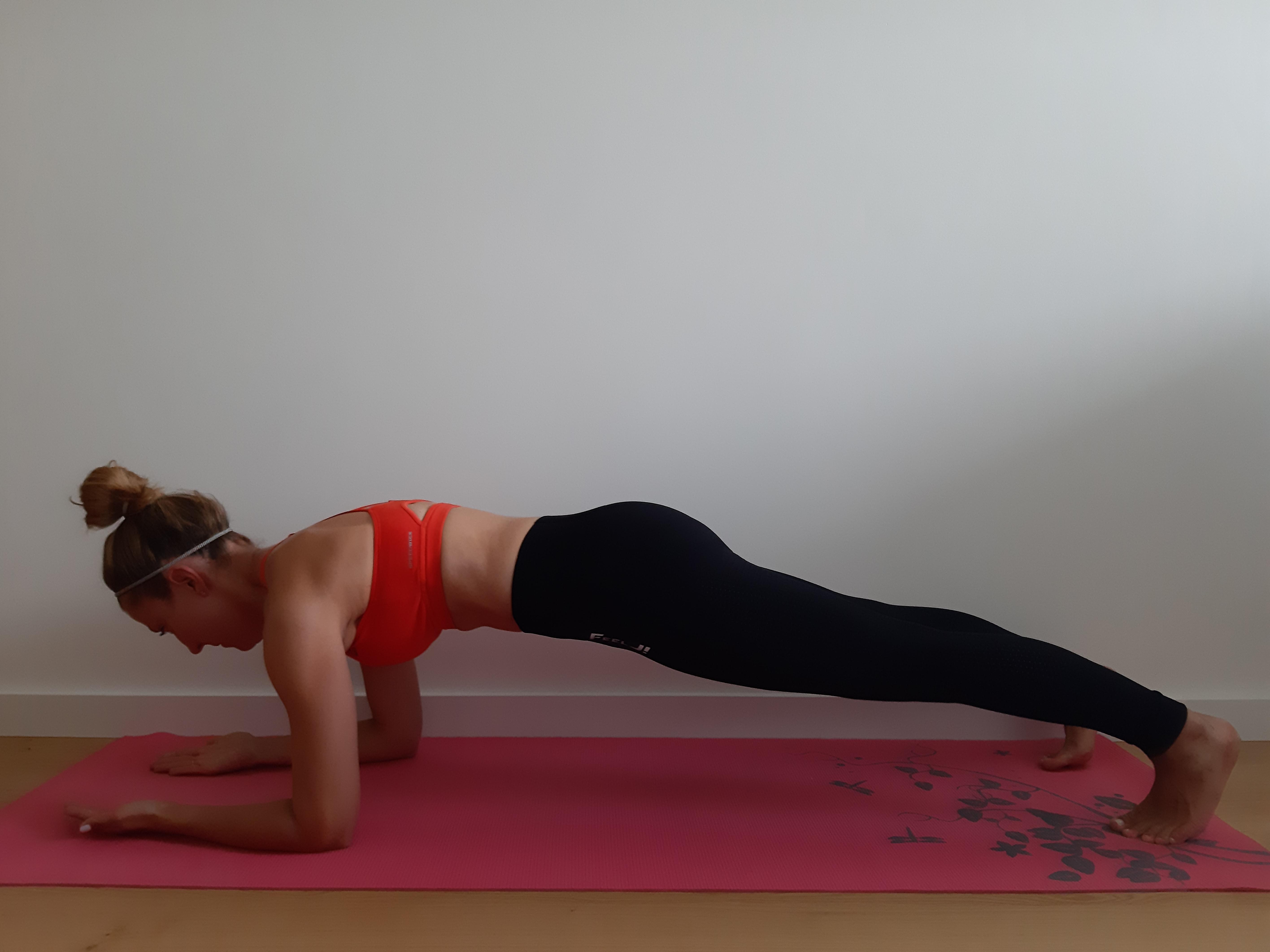 ćwiczenie na brzuch plank
