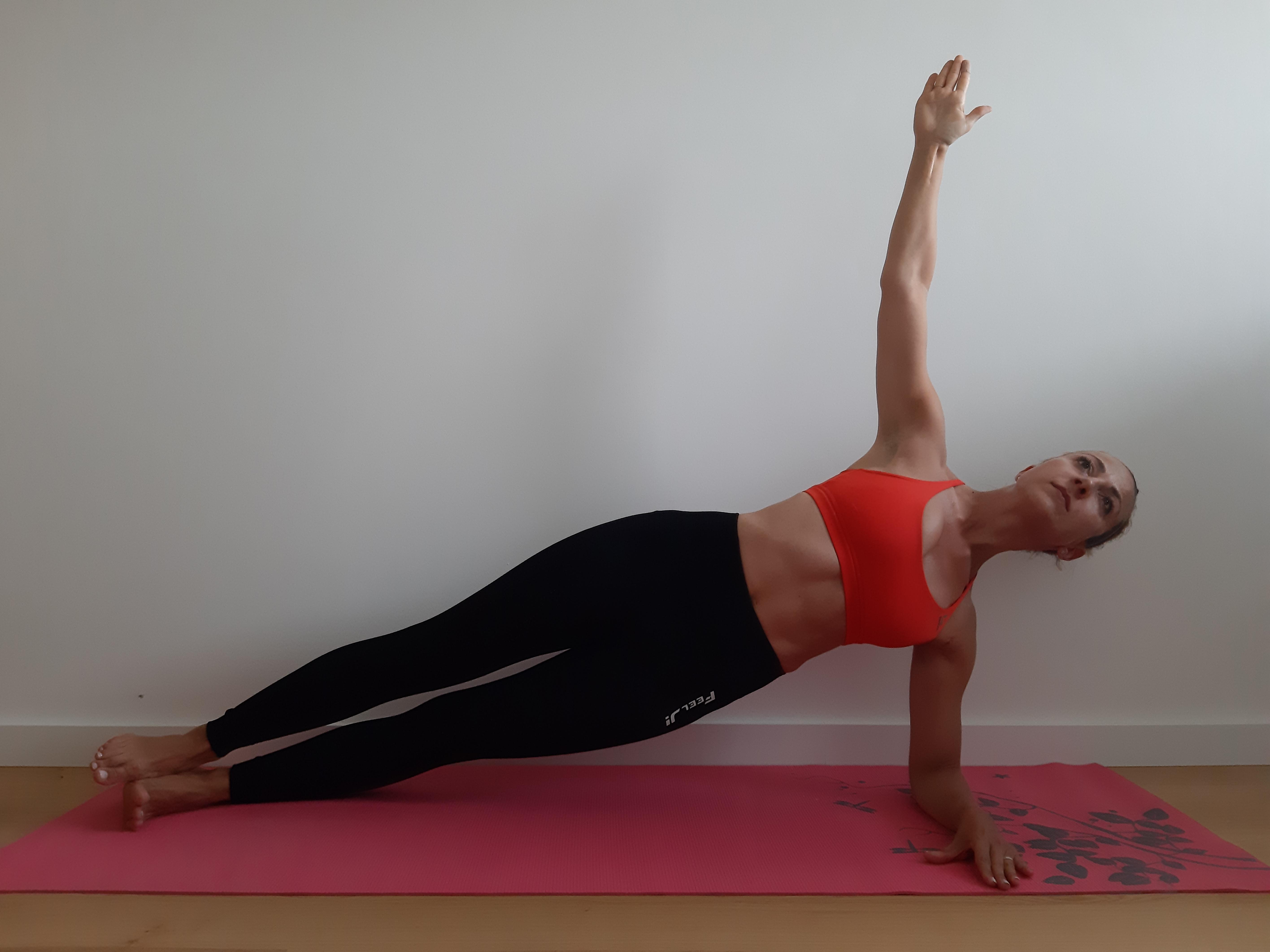ćwiczenia na mięśnie brzucha sideplank