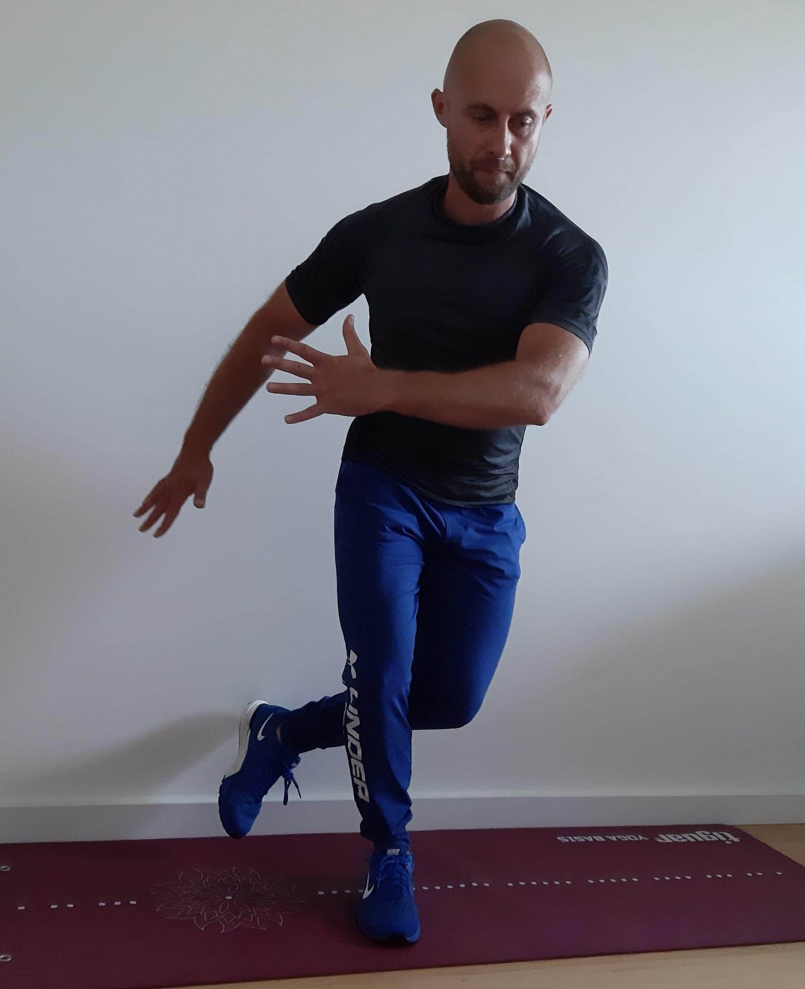 trening w domu łyżwiarz